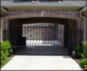 Swinger Gate Company - Gates & Fences Dallas Fort Worth TX